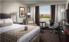 Crowne Plaza Phoenix Airport Rooms - Accessible Guestroom