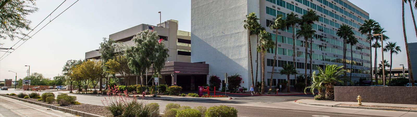 Phoenix, Arizona Hotel Easily Accessible from Highways